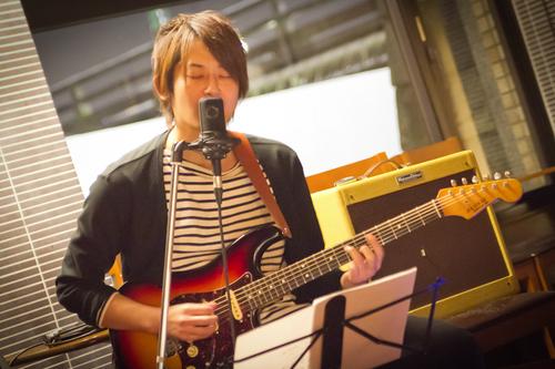 takida_shinji_guitar.jpg